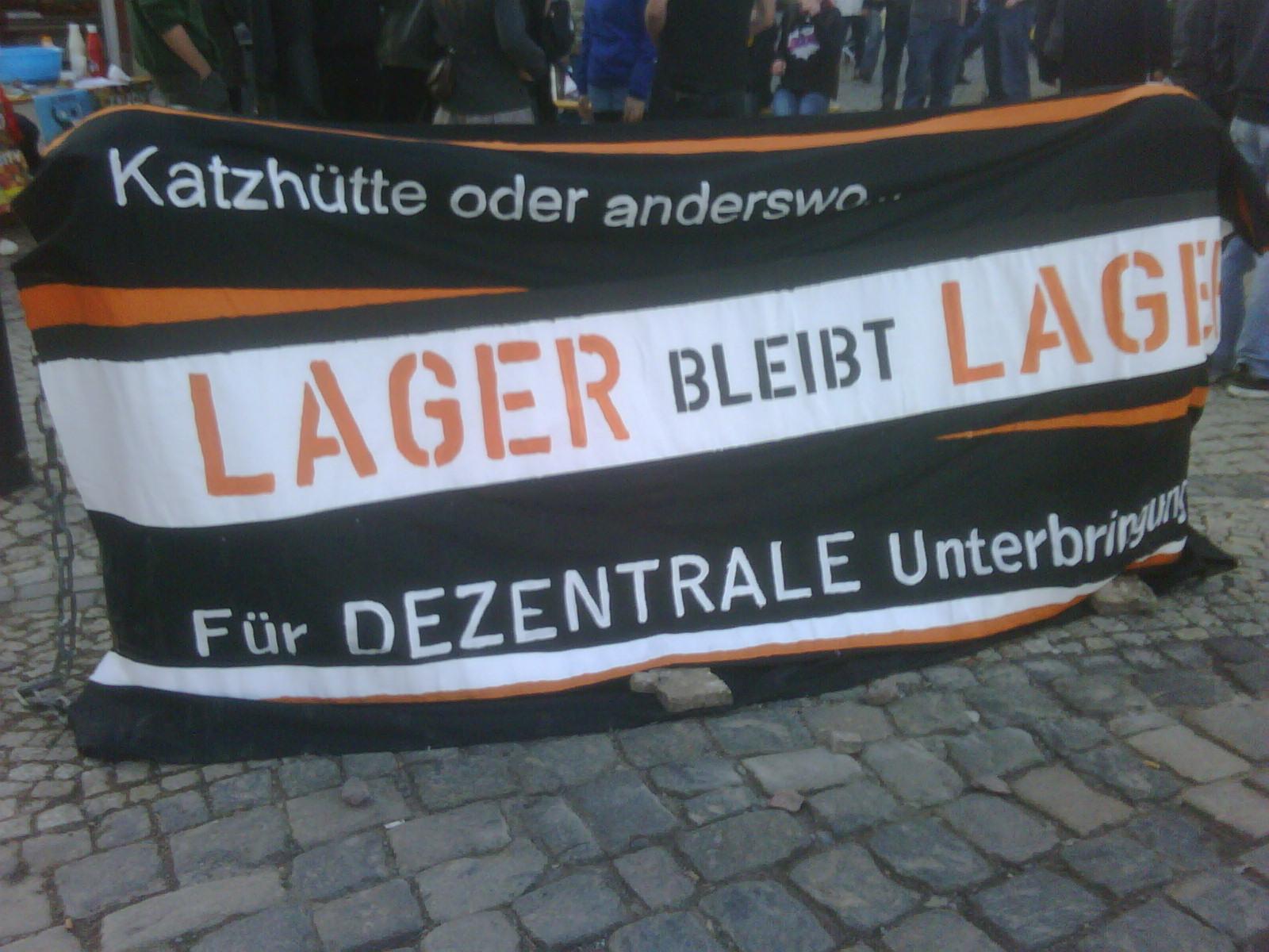 Demonstration gegen Asylpolitik in Saalfeld
