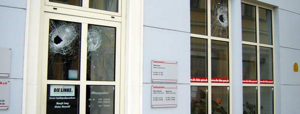 Angriffe auf Abgeordneten- und Parteibüros 2012 auf höchstem Niveau