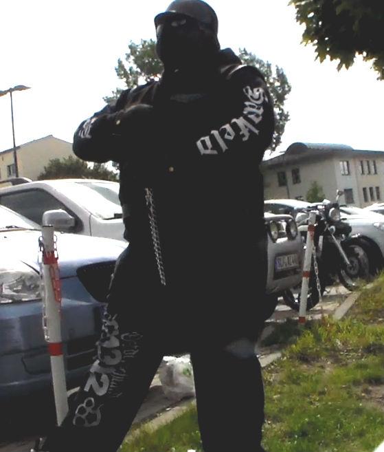 Nachtrag zur Situation in Gorndorf: Ein Foto zur Bedrohung durch Rocker und Neonazis